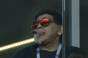 انتقاد تند مارادونا از خورخه سامپائولی