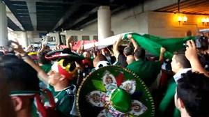 جو فوق العاده اطراف ورزشگاه لوژنیکی پیش از دیدار آلمان و مکزیک
