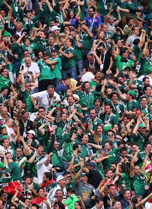 دردسر مکزیک با تماشاچیهایش
