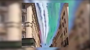 رنگ پرچم ایران در آسمان روسیه توسط جنگنده ها
