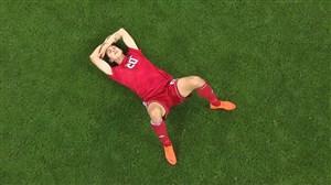 اشکهای بازیکنان ایران و واکنش هواداران (ایران-اسپانیا)