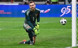 گلر روسیه: باید بر اروگوئه پیروز شویم