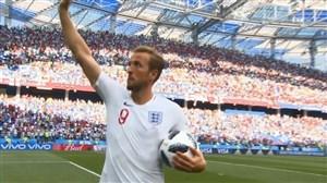 یادگاری بردن توپ پس از هتریک توسط هری کین