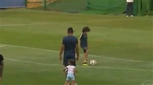حرکت جالب پسر مارسلو در تمرین تیم ملی برزیل
