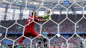 فرانسه 2- اروگوئه صفر؛ دستهگلی برای خروس