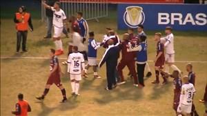 کتک کاری شدید در لیگ دسته دو برزیل