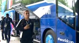 ورود بازیکنان تیم ملی فرانسه و کرواسی به استادیوم