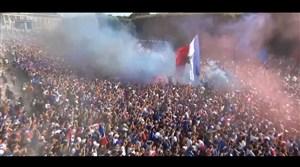 شادی مردم فرانسه در پاریس پس از گل دوم