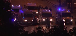 درگیری پلیس و مردم در جشن قهرمانی فرانسوی ها