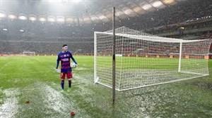 فوتبال بازی کردن در شرایط سخت