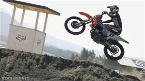 تصاویر دیدنی از مسابقات موتورکراس