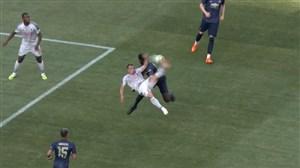 گل چهارم لیورپول به منچستر با ضربه آکروباتیک شقیری
