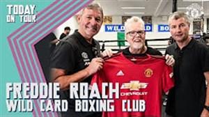 بازدید بازیکنان منچستریونایتد از باشگاه بوکس فردی روچ