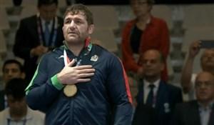 اهدای مدال 125 کیلوگرم کشتی آزاد به پرویز هادی