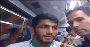 مصاحبه با یزدانی و کریمی در اتوبوس کاروان ایران