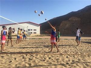 از نظرهای جنجالی تا وضعیت بد نوجوانان ساحلی