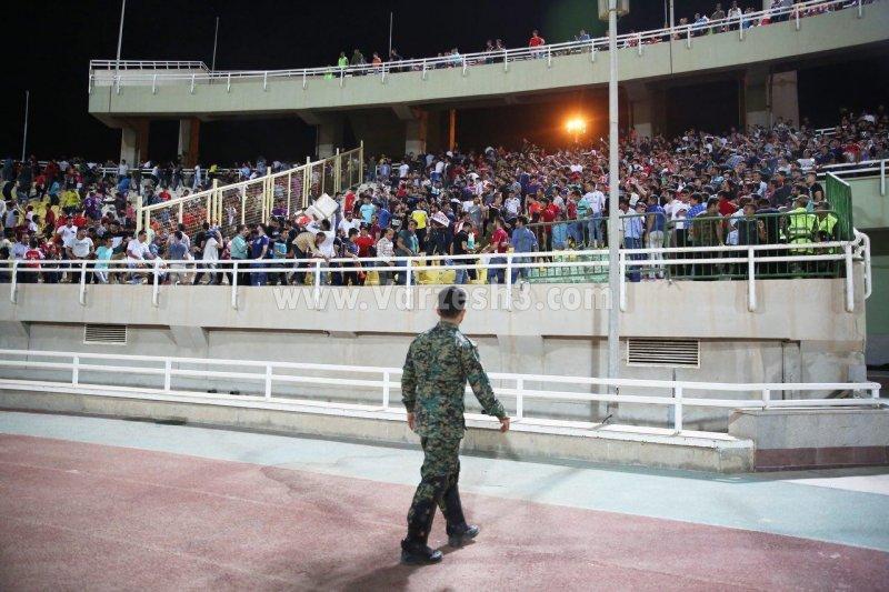 خشم و خشونت روی سکوهای غدیر (گزارش تصویری)