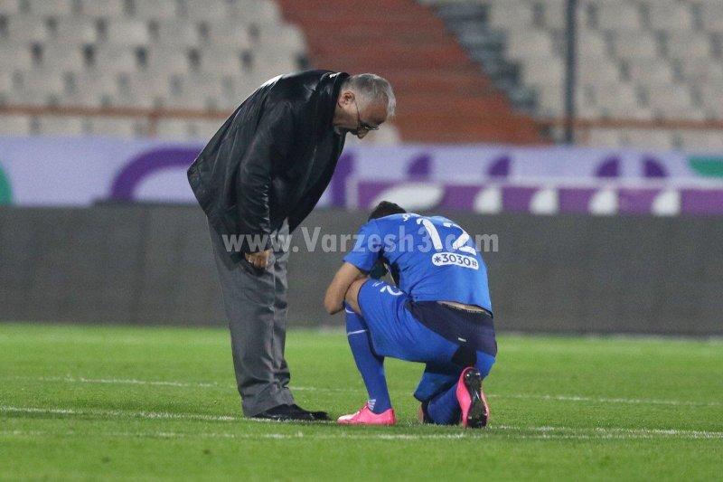 راز گریه مدافع استقلال در ورزشگاه آزادی (عکس)