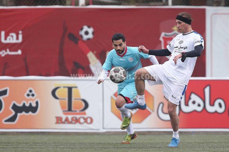 بازگشت یحیی به فوتبال با استوک آبی (عکس)